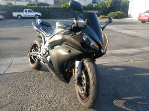 07 R1 14k clean titled owes fees for Sale in Garden Grove, CA