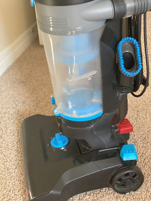 Bissell PowerForce Helix 1700 Canister Vacuum for Sale in Andover, MA
