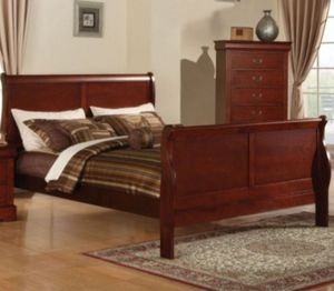 New king size bed frame and chest for Sale in Olive Branch, MS