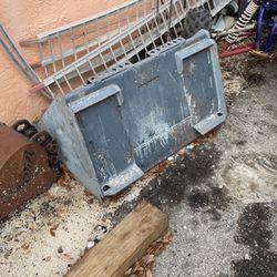 """36"""" Mini Bobcat Bucket for Sale in Hialeah,  FL"""