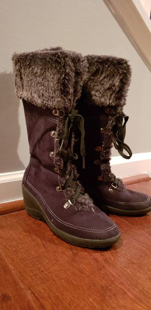 Girls Boots(6Y) for Sale in Columbia, SC