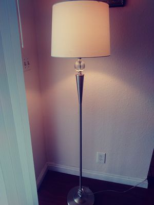 Floor lamp for Sale in Rowland Heights, CA