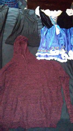 Women's clothing for Sale in San Marcos, TX