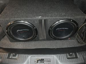 12' Pioneer champion Series Subwoofers for Sale in Gary, IN