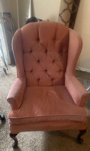 Vintage pink velvet antique chair for Sale in Las Vegas, NV