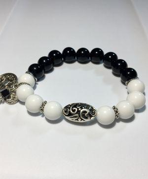 Beautiful handmade black & white onix bracelet! for Sale in Laguna Beach, CA