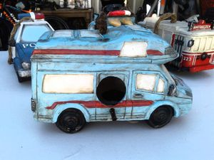Camper Shell Bird House for Sale in Bell Gardens, CA