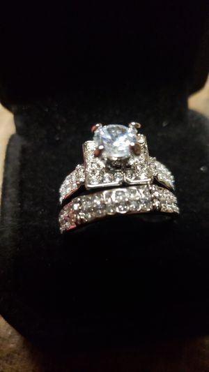 White topaz cz set for Sale in Farmville, VA