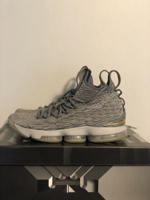 Lebron XV for Sale in Tiltonsville, OH