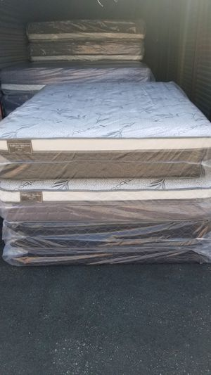 KING MATTRESS SET!! for Sale in Rancho Cucamonga, CA