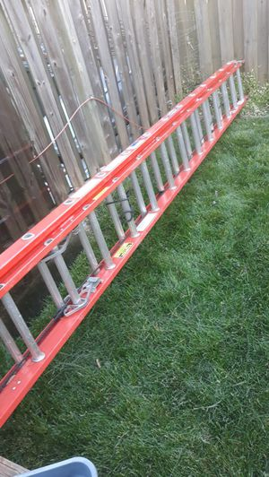 Werner's 28 ft fiberglass extension ladder like new for Sale in Manassas, VA
