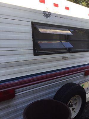 23 ft 1990 5th wheel camper for Sale in Moundsville, WV