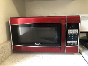 Oster Microwave for Sale in Los Angeles, CA