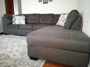 Sectional L Sofa excellent condition looks like new for Sale in Arlington, VA