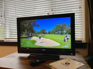 32 inch Vizio HD TV w/ Remote for Sale in Bothell, WA