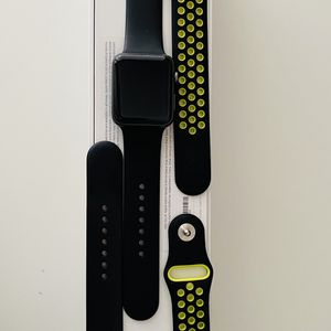 Apple Watch Series 3 GPS 42mm Excellent Condition for Sale in San Diego, CA