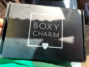 Boxy charm make up kit for Sale in Goodyear, AZ