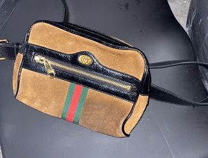 Gucci fanny pack for Sale in Austin, TX
