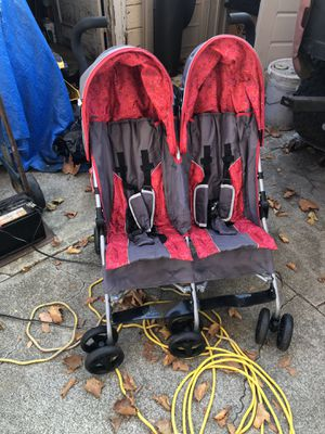 Double stroller for Sale in Cupertino, CA