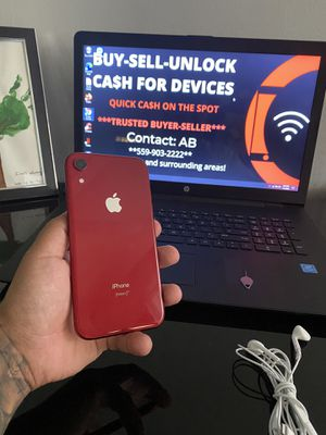 iPhone XR Product Red 128gb Factory Unlocked for Sale in Selma, CA
