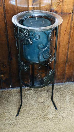 PartyLite 3 Wick Candle & Stand for Sale in Meriden, CT