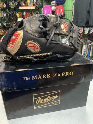 Rawlings Gold Glove Baseball Glove for Sale in Newport News, VA