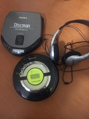 Sony Digital CD Mega Bass CD player, 2 perfectly functioning items for Sale in Mundelein, IL