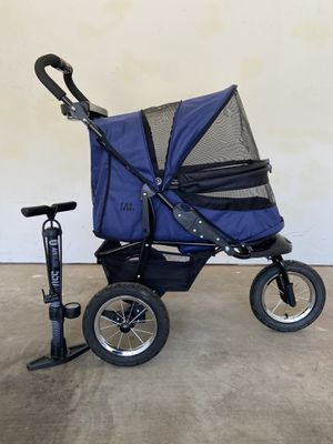 PetGear No-Zip Jogger/Stroller for Sale in Surprise, AZ