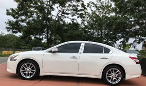 For Sale 2O10 Nissan Maxima FWDWheels for Sale in Knoxville, TN