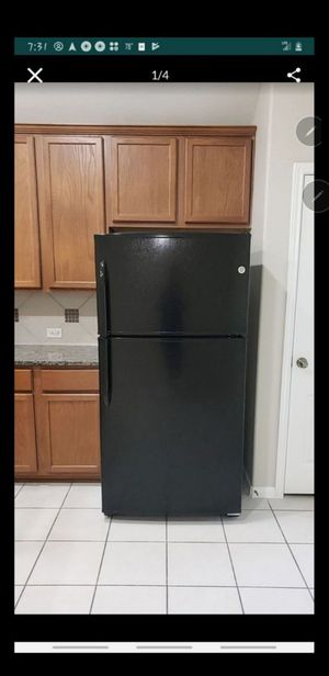 Refrigerator for Sale in Conroe, TX