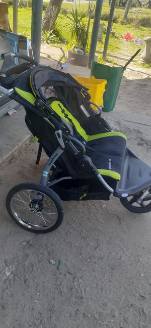 Double seater stroller for Sale in Poteet, TX