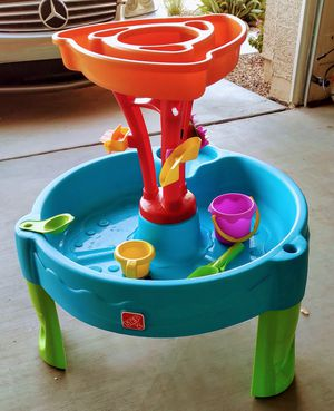 New Step2 Summer Showers Splash Tower Water Table | Kids Water Play Table with Accessory Set for Sale in Phoenix, AZ