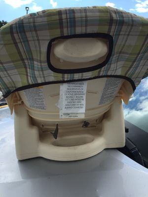 Graco toddler Booster seat for Sale in Fort Pierce, FL