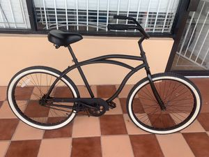"Cruiser bike 26"" like new price $150 pay cash, debit card, credit card for Sale in Miami, FL"