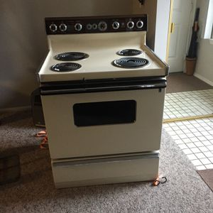 Electric stove for Sale in Collingswood, NJ