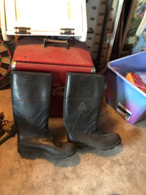 Fishing boots. 12 -14? for Sale in Westfield, MA