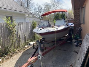 Used good condition boat !! Great for summer for Sale in Saginaw, MI