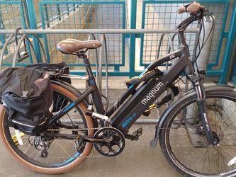 Magnum Metro 26 Electric Bike 48 V. for Sale in San Francisco,  CA