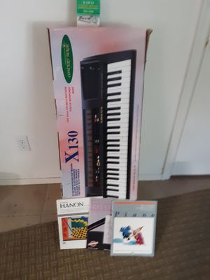 Musical Keyboard for Sale in San Tan Valley, AZ