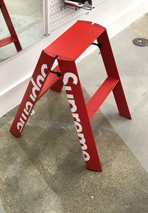 Supreme ladder for Sale in Miami, FL