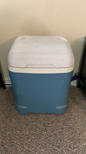 Cooler for Sale in Cheverly, MD