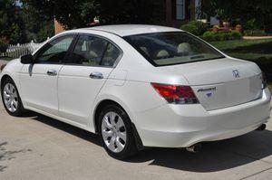 Great Shape. 2O08 Honda Accord AWDWheels for Sale in Sioux Falls, SD
