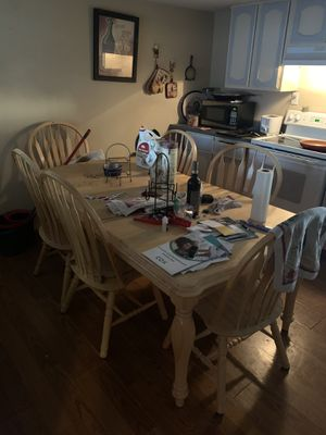 Six chair kitchen table for Sale in Mesa, AZ