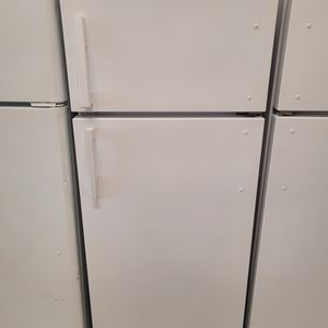 Roper 24in Top Freezer Refrigerator Used Good Condition With 90day's Warranty for Sale in Hyattsville, MD