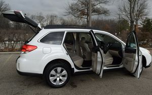 2011 Subaru Outback 1st owner for Sale in Columbus, OH