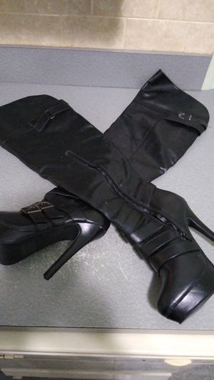 Size 7 women leather thigh high boots with 6 inch heals for Sale in FL, US
