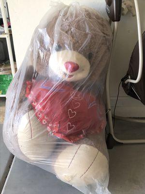 Huge teddy bear for Sale in Phoenix, AZ