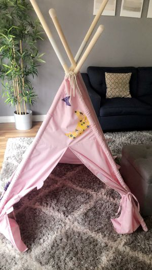 Pink Teepee tent for Sale in Garden Grove, CA