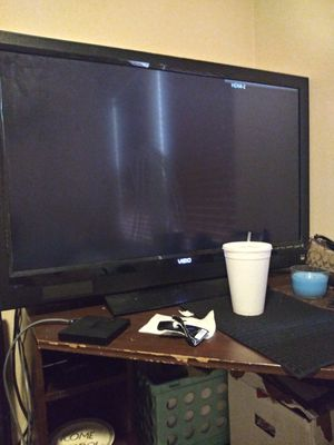 47 inch visio for Sale in Houston, TX