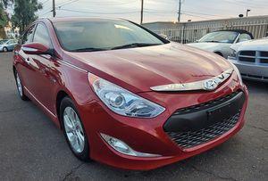 2013 Hyundai Sonata Hybrid , CLEAN CARFAX for Sale in Phoenix, AZ